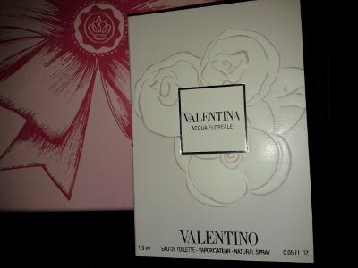 GlossyFeb13-Valentino